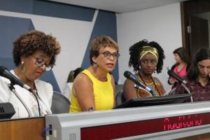http://www.mariliacampos.com.br/fotos/reforma-da-previdencia---audiencia-da-comissao-de-defesa-dos-direitos-da-mulher---27052019