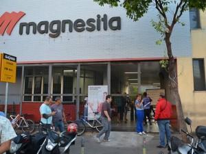 http://www.mariliacampos.com.br/fotos/02022017-portas-das-fabricas-gevisa-belgo-e-magnesita