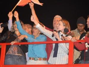 http://www.mariliacampos.com.br/fotos/18052017-praca-sete-fora-temer-e-diretas-ja