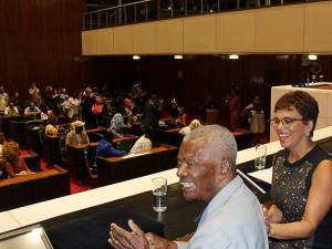 http://www.mariliacampos.com.br/fotos/30112017-homenagem-aos-sambistas-pela-deputada-marilia-campos